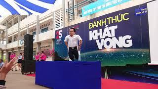 Diễn giả Nguyễn Sơn Lâm và ca sĩ Hà Chương - Đánh thức khát vọng (phần 1)
