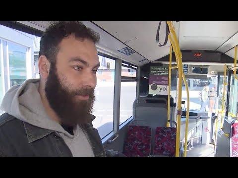 Alter Linienbus wird zu Duschbus für Obdachlose umgebaut