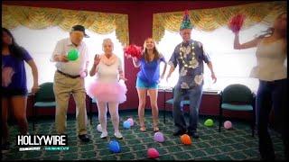 Taylor Swift 'Shake It Off' Music Video Parody! (VIDEO)