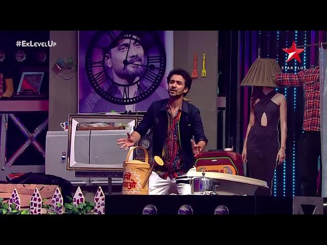 Raghav juyal with The king of romance