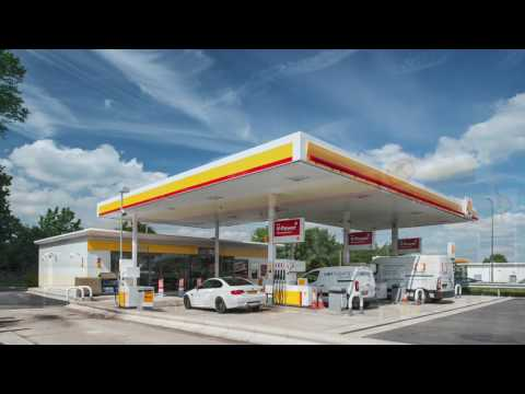 Construction and installation of a modular building for a Shell Garage including time lapse