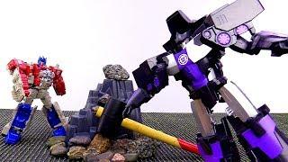 Автоботы и Десептиконы на чужой планете! Видео с роботами Трансформерами.