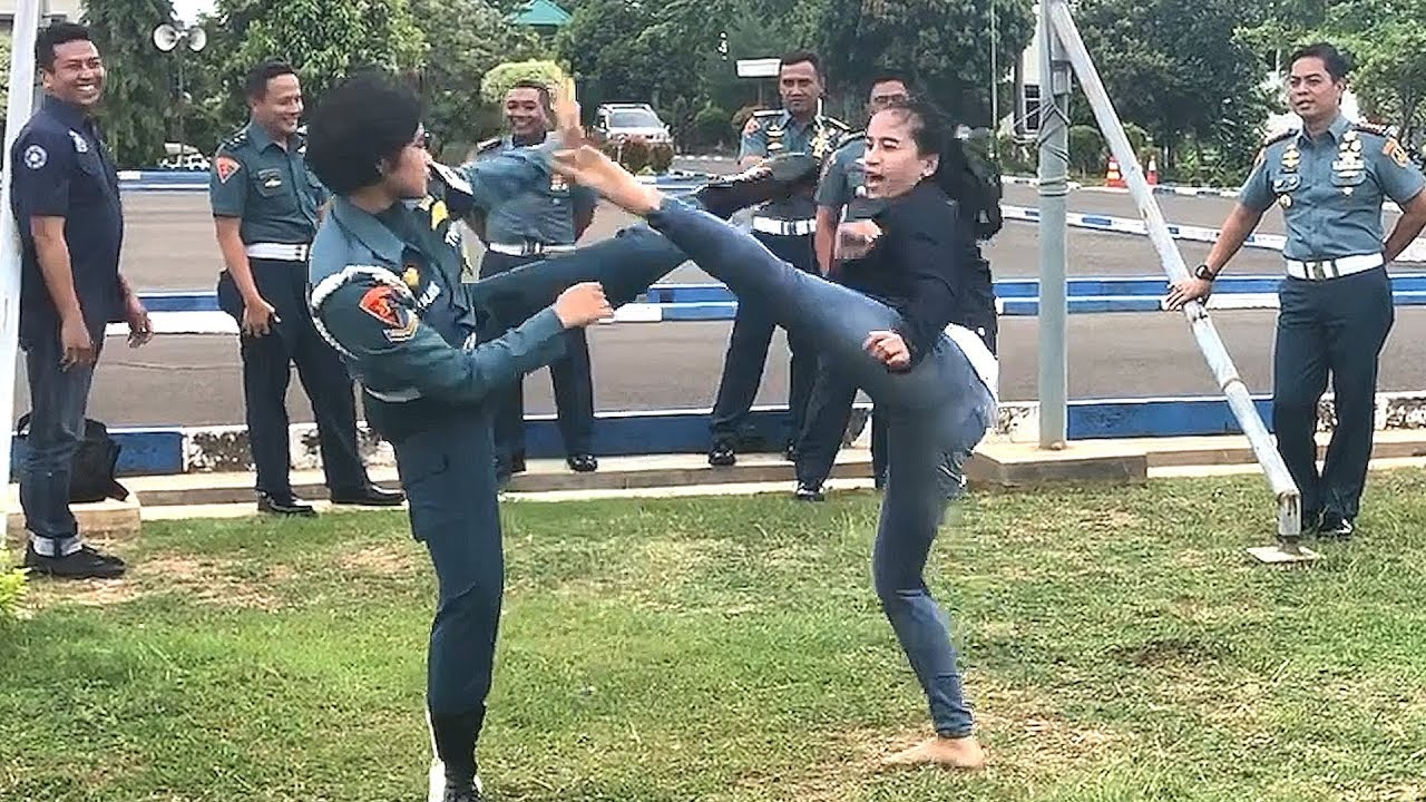 Download Chintya Candranaya Real Fight in Military Police (Navy)