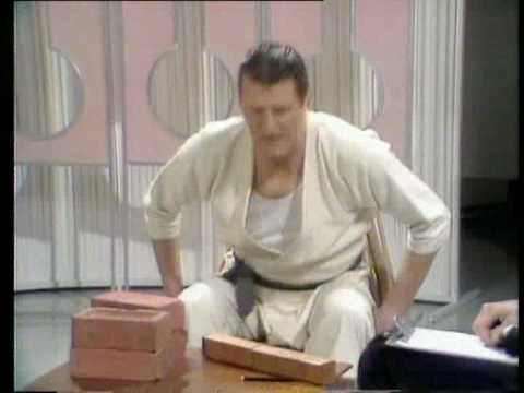 Tommy Cooper's karate class