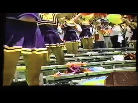 チアガール選、紫に黄色が映える鮮やかな、コスチューム。再生🙏