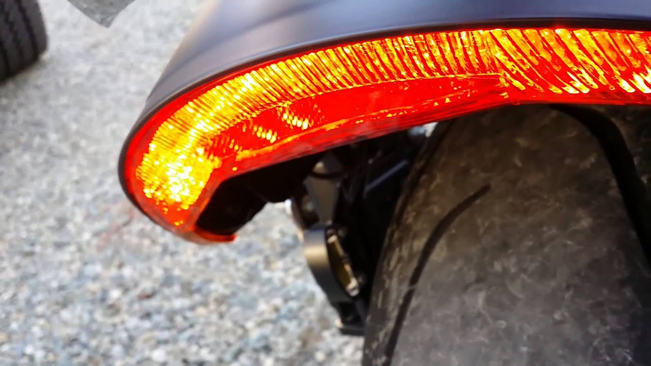 Customled Tail Light Flasher On Vrod Muscle Youtube
