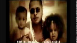 En la canción Narcohampon, Tempo expresa supuestamente ser un narco...