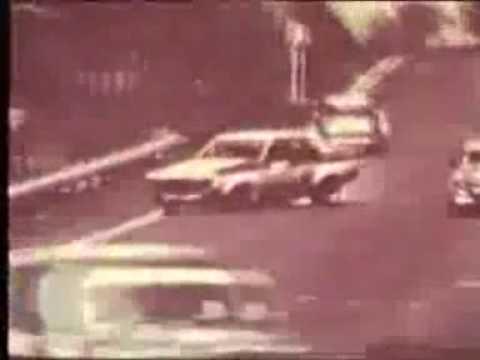 Allan Grice crashing out of 1975 Hardie Ferodo 1000