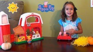 Peppa Pig at Old McDonald's Farm: Peppa Pig and Little Farm Toy Set: Farm Animals, Peppa Pig Family
