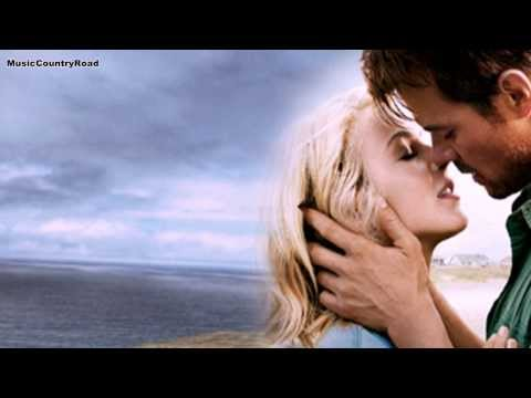 Moonshine - Sara Haze (Subtitulada al Español)