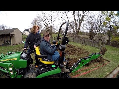Muddin with Matt (260 Backhoe digging trenches) - Tractor