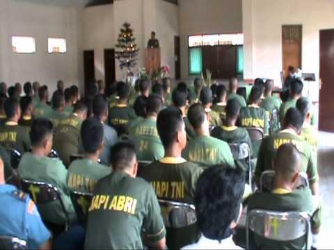 VIDEO HEBOH  Perayaan Natal TNI/Polri Pns dan Masyarakat Gartab III/wil Surabaya. HOT SYUR