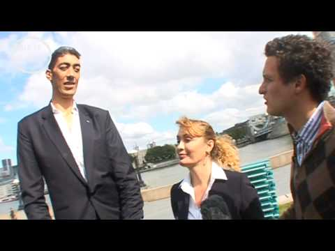 Eight Foot Giant: First Interview with World's Tallest Man