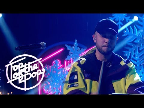 Jax Jones feat. Kamille - Breathe (Top Of The Pops Christmas 2018)