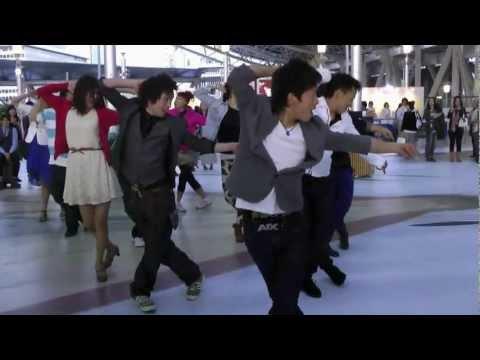 大阪駅 ゲリラダンス フラッシュモブ 4 20120513