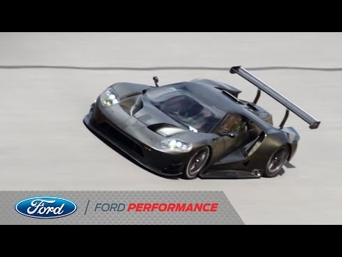 Video of the Ford GT Race Car Testing at Daytona Will Make You Extra Happy