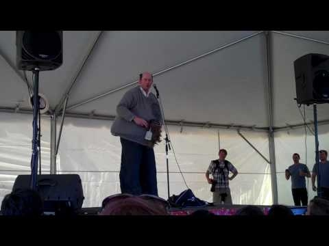 "David Koechner at FYF Fest 2010 - ""Big Gay Roy character"" [HD]"