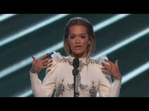 Rita Ora Introduces The Chainsmokers Performance - BBMA 2017