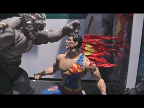 Toy Fair: Doomsday Death of Superman Deluxe 2-Pack