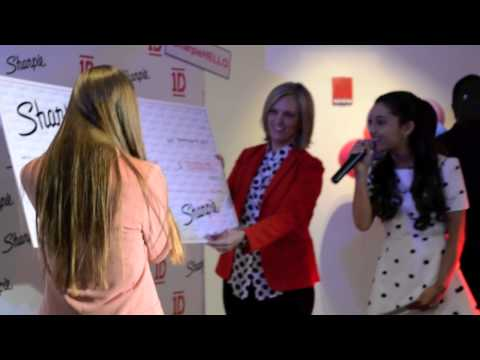 #sharpieHELLO: One Direction Event with Ariana Grande