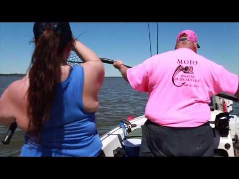 Mojo Striper Guide Services - Buncombe Creek Marina, Lake Texoma/Texoma Girls Fishing Trip