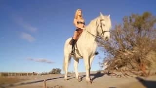 MAISON CLOSE - La Cavaliere #1 • Au lever du soleil