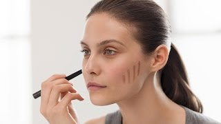 Burberry Make-Up Tutorial: How To Do Effortless Contouring and Strobing