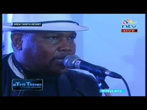 Mike Rua performs best of his songs on #theTrend