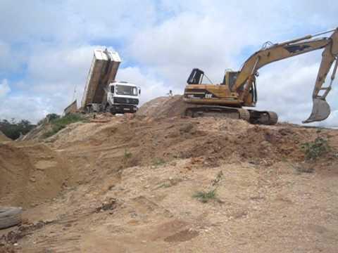Mining Diamonds in Sierra Leone