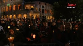 Droga Krzyżowa w rzymskim Koloseum