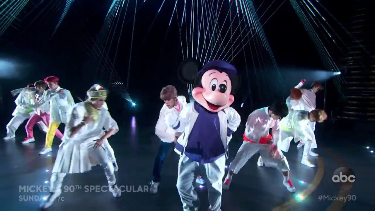 nct 127 mickey s 90th spectacular youtube
