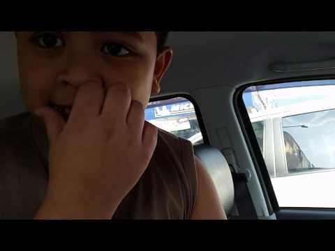 Umar kantoi makan tahi hidung