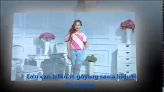 Video New...Geboy Mujaer Ayu Ting Ting Full Lirik download MP3, 3GP, MP4, WEBM, AVI, FLV Oktober 2018
