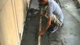 Pemasangan Tile Lantai