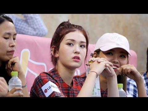 160723 아이오아이 (I.O.I) - 야구경기관전 [전소미,임나영] Somi, NaYoung 직캠 Fancam (잠실야구장) by Mera