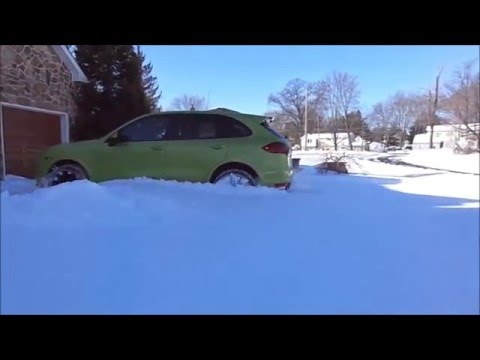 how good is  Porsche Cayenne GTS in the deep snow
