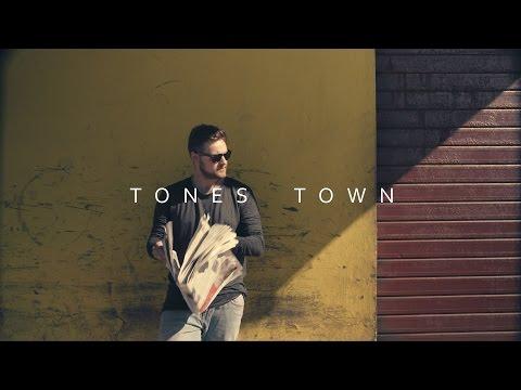 Tones Town - Einsame Insel