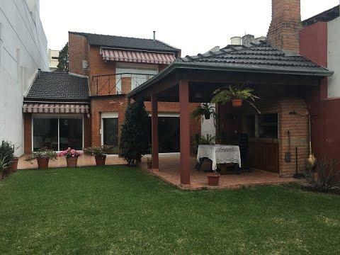 Villa del parque venta casa 4 amb c jardin y quincho grupo mega op inmopul youtube - Mega jardines de olarizu ...