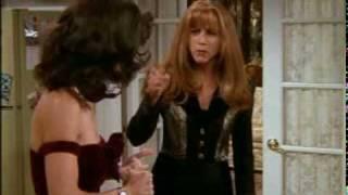 Friends - Monica and Rachel at thanksgiving