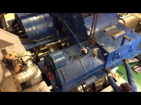 Ships reduction gear inside