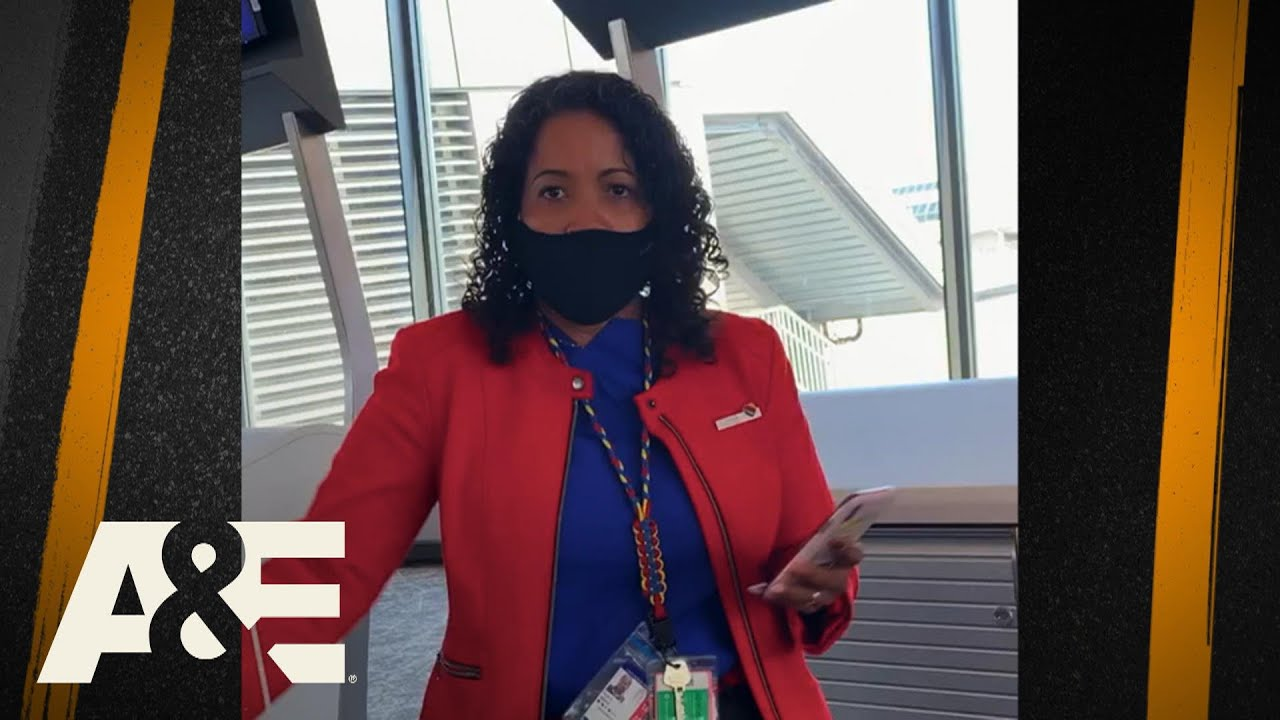 """Download Passenger Forced To Cover Up """"Lewd"""" Clothing Before Boarding 