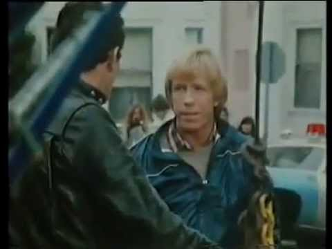 An eye for an eye (1981) Chuck Norris