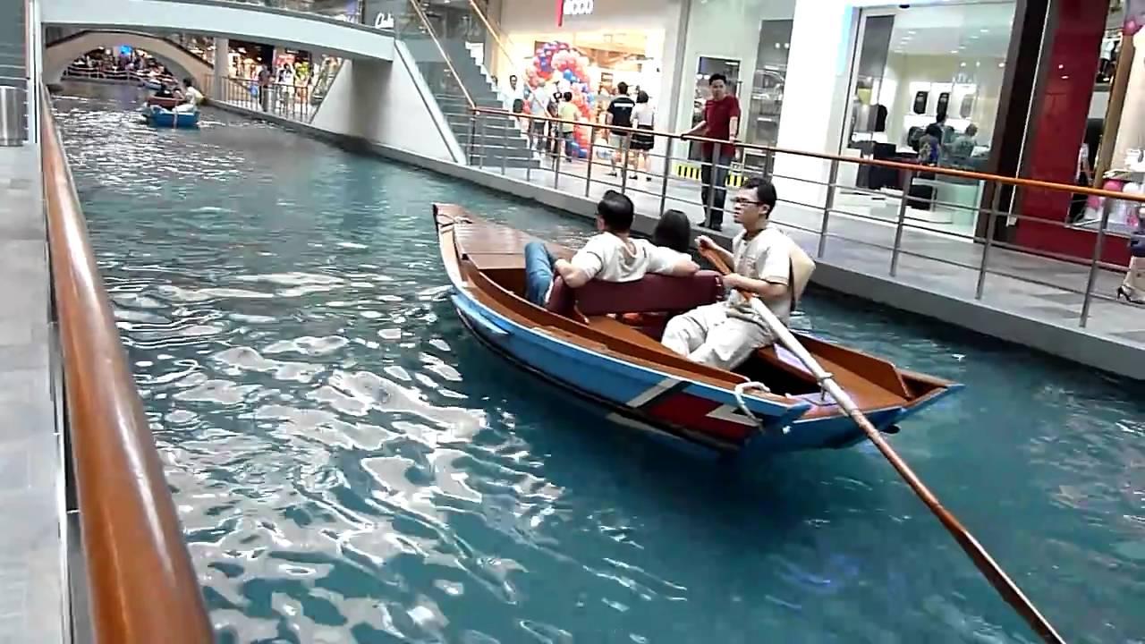 2013 -Sampan Ride -The Shoppes at Marina Bay Sands Shopping Mall ...