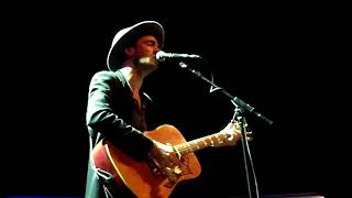 Finn Andrews - Sit Down By the Fire (The Veils) @ Tivolivredenburg (11/12)