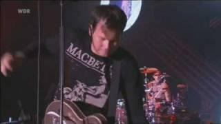 Blink 182 - Violence [Live] (Area 4 Festival 2010)