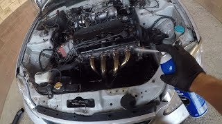 HOW I CLEAN MY ENGINE BAY!!
