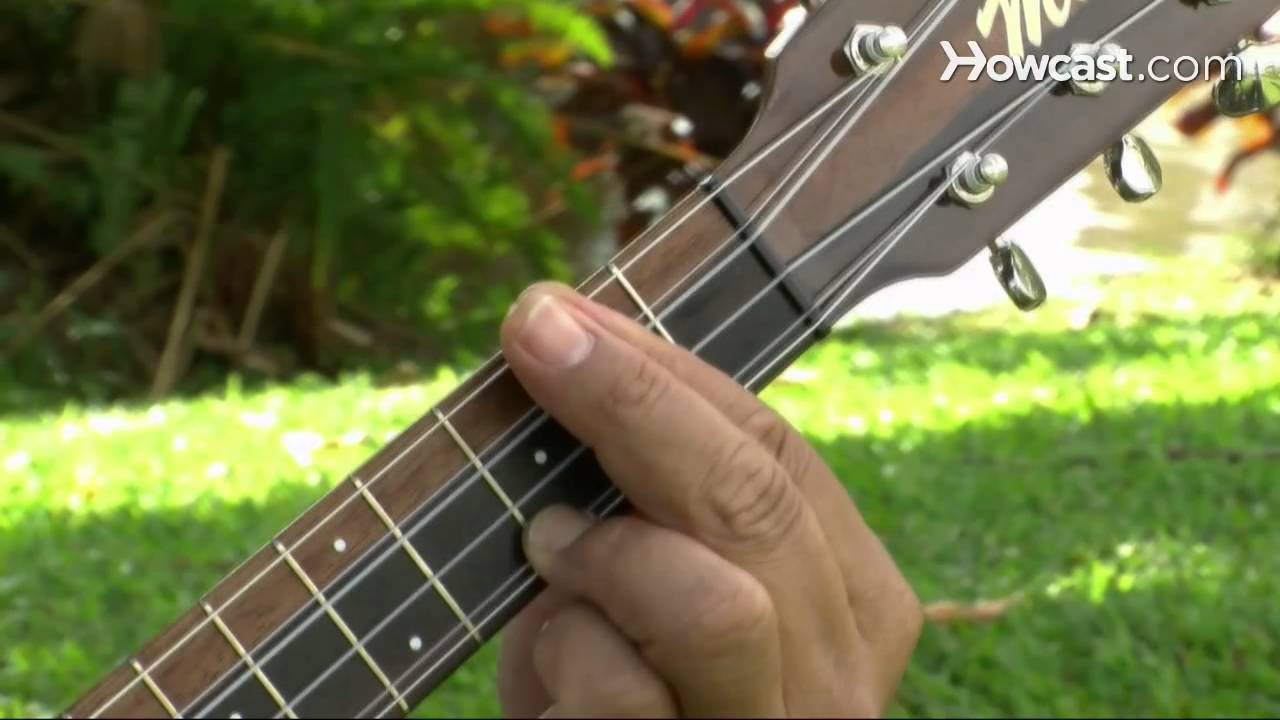 How To Play A D7 Chord Ukulele Lessons Youtube