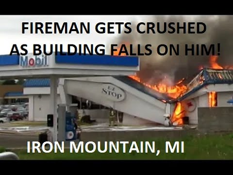 Commercial Structure Fire At Mobil & Burger King, Iron Mountain, MI | Jason Asselin