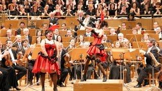 OBERTURA. Orfeo en los Infiernos. J. Offenbach. Miguel Roa. Cia: Mar Álvarez, Ana Serzo, J. Martín