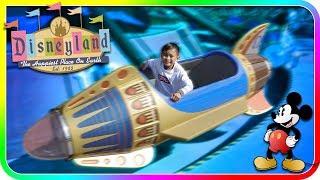 Astro Orbiter Fun Ride for Kids at Disneyland - TigerBox HD
